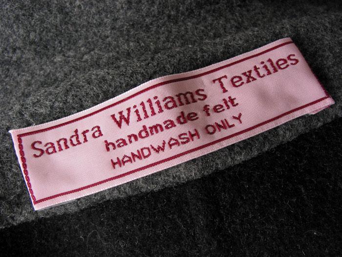 Custom clothing labels design online